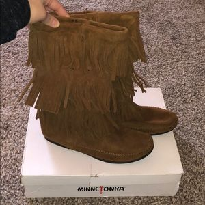 Cognac suede Minnetonka boots